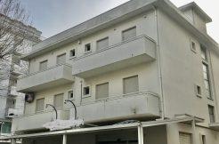 Rivazzurra Fabbricato residenziale e commerciale